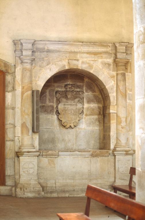 Iglesia parroquial de Nuestra Señora de la Asunción. Sepulcro de los Bikuña