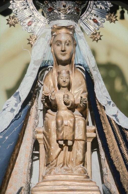 Santuario de Nuestra Señora de Itziar. Escultura. Andra Mari