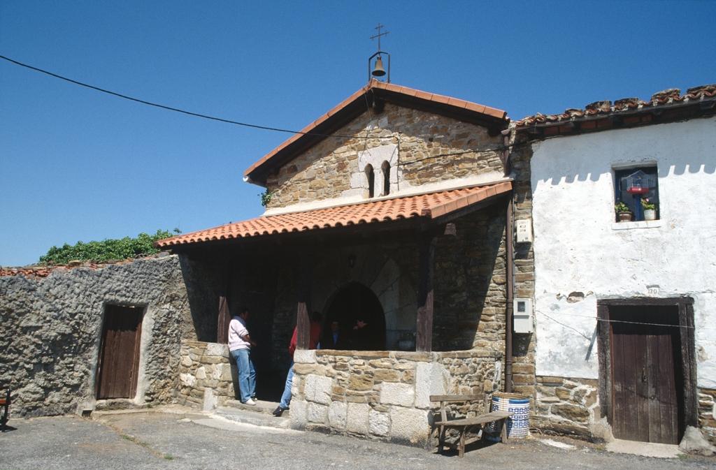 Ermita de Elorriaga en Itziar.