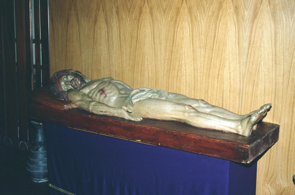 Iglesia parroquial de San Luis Gonzaga de Herrera. Escultura. Cristo yacente