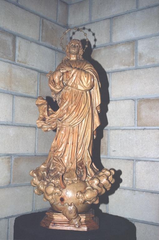 Iglesia parroquial de San Francisco Javier de Bidebieta. Escultura. Inmaculada concepción