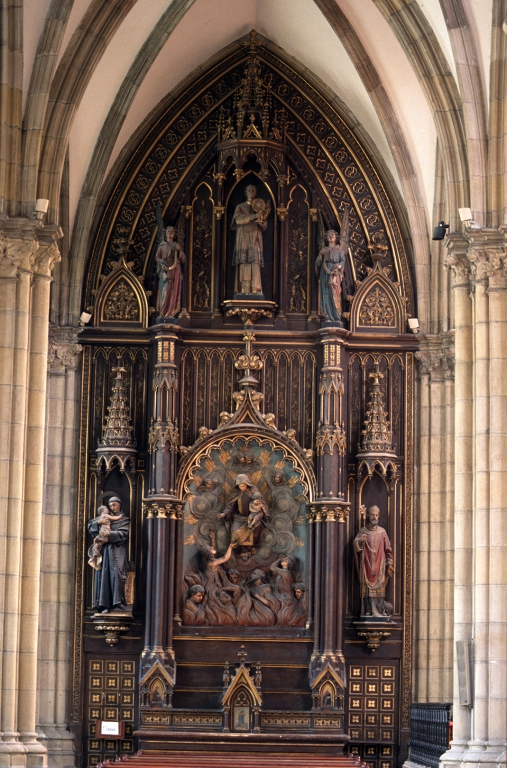 Catedral del Buen Pastor. Retablo de las Ánimas