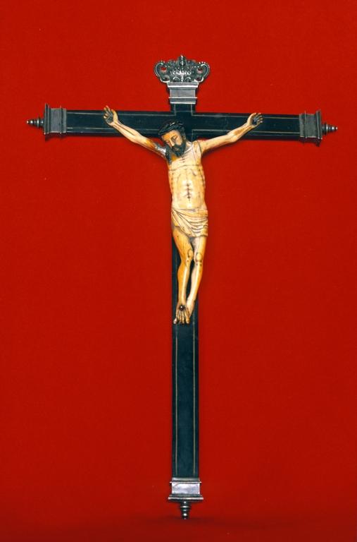 Basílica de Santa María. Escultura. Cristo Crucificado