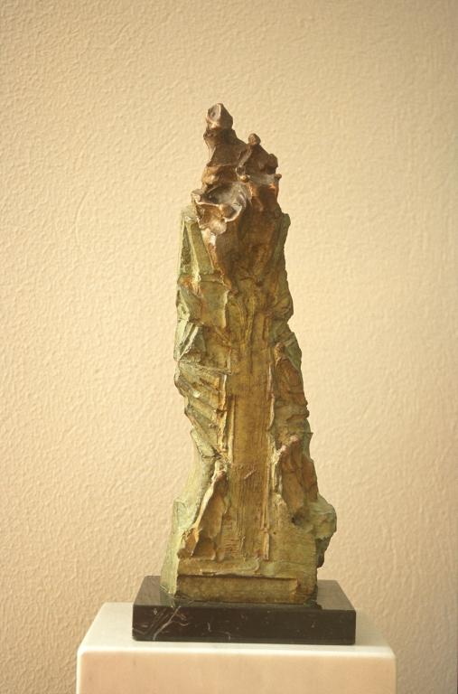 Iglesia parroquial del Sagrado Corazón de Jesús de Loiola. Escultura. Virgen de Aránzazu