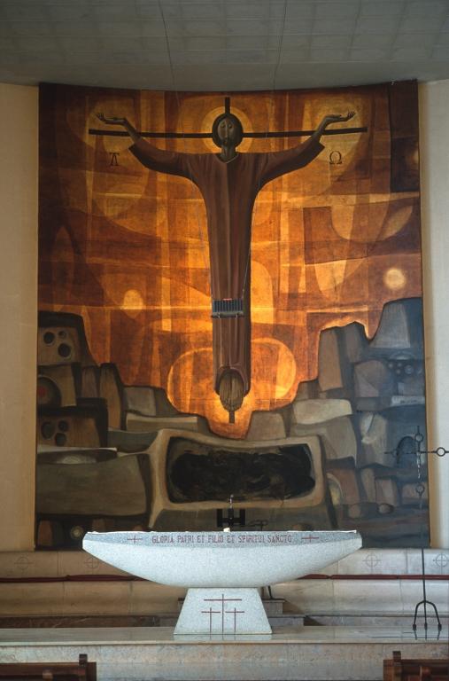 Iglesia parroquial de la sagrada familia. Pintura. Cristo Crucificado