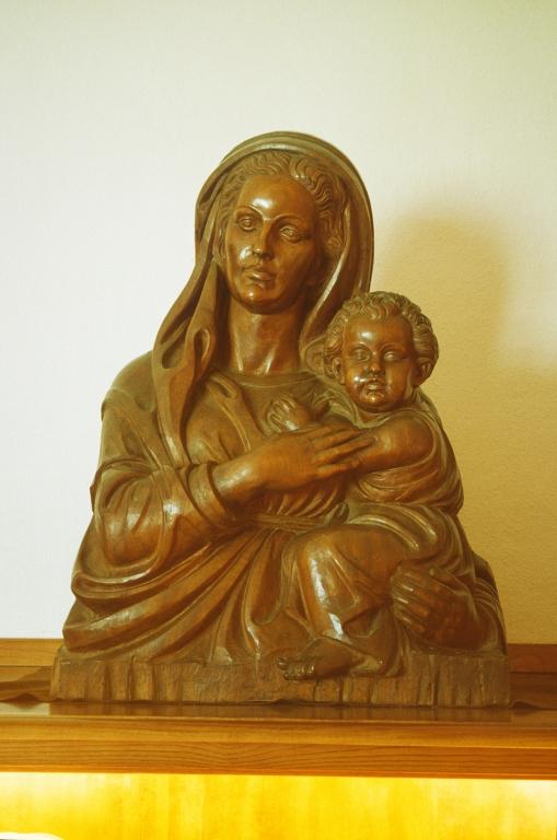 Iglesia parroquial de Nuestra Señora del Carmen de Añorga. Escultura. Ama