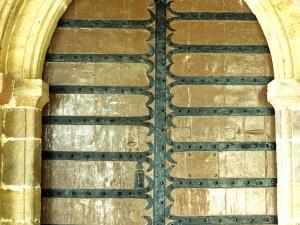 Iglesia parroquial de Nuestra Señora de la Esperanza de Uribarri. Puerta