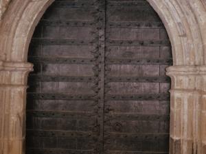 Iglesia parroquial de Santa Águeda de Guesalibar. Puerta
