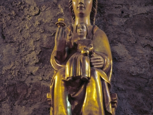 Ermita de San Isidro de Musakola. Escultura. Andra Mari