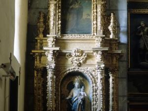 Iglesia parroquial de Santa Eulalia de Bedoña. Retablo de la Virgen del Rosario