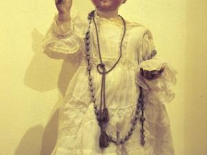 Iglesia parroquial de San Pedro apóstol de Izurieta. Escultura. Niño Jesús de Praga