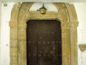 Iglesia parroquial de Santa Lucía de Galartza. Portada de acceso iglesia parroquial