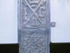 Iglesia parroquial de San Miguel. Lápida