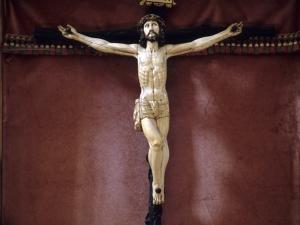 Iglesia parroquial de San Juan Bautista de Uzarraga. Escultura. Cristo Crucificado