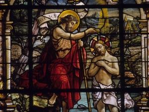 Iglesia parroquial de Nuestra Señora de la Asunción. Vidrieras