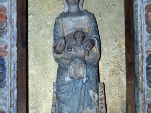 Ermita de San Juan. Escultura. Andra Mari