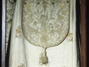 Iglesia parroquial de Nuestra Señora de la Asunción y del manzano. Ornamento día del corpus. Ornamento religioso