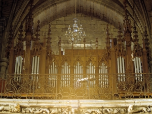 Iglesia parroquial de Nuestra Señora de la Asunción y del manzano. Órgano