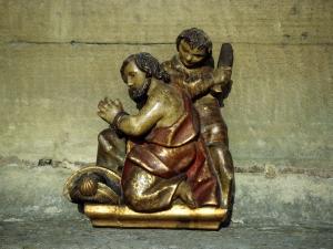 Santuario de Nuestra Señora de Guadalupe. Martirio de Santiago. Relieve