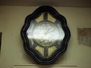 Santuario de Nuestra Señora de Guadalupe. Reloj de pared