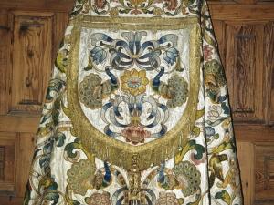 Iglesia parroquial de Nuestra Señora de la Asunción. Capa pluvial. Ornamento religioso