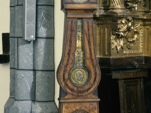 Iglesia parroquial de San Martín de Tours de Amasa. Reloj de pie