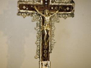 Iglesia parroquial de San Martín de Tours de Amasa. Cruz de mesa