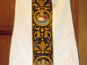 Iglesia parroquial de San Martín de Tours. Casulla. Ornamento religioso