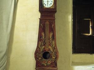 Iglesia parroquial de Nuestra Señora de la Asunción de Gellao. Reloj de pie