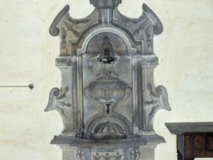 Iglesia parroquial de Nuestra Señora de la Asunción de Gellao. Aguamanil