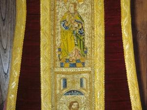 Iglesia parroquial de San Miguel Arcángel. Casulla. Ornamento religioso