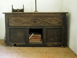 Ermita de Santa Marina. Mesa-armario