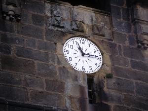 Iglesia parroquial de Nuestra Señora de la Asunción. Reloj de torre