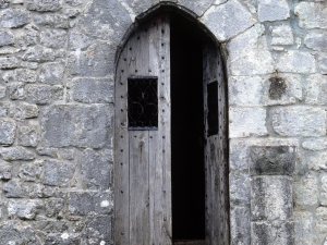 Ermita de Santa Engracia en Aizarna. Puerta