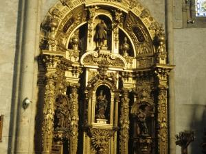 Iglesia parroquial de San Esteban. Retablo de la Virgen del Rosario