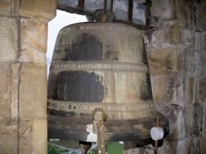 Iglesia parroquial de San Juan Bautista. Campana