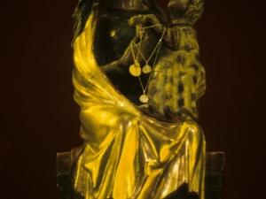 Santuario de Nuestra Señora de Dorleta. Escultura. Andra Mari