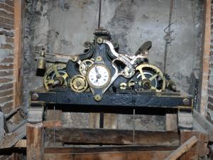 Iglesia parroquial de San Andrés de Astigarribia. Reloj de torre