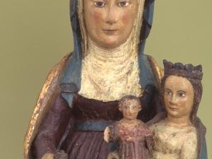 Museo Diocesano de San Sebastián. Escultura. Detalle de Tres generaciones