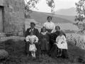 Azkarateko nekazari-familia