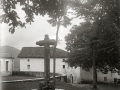 CRUZ CONMEMORATIVA EN LA LOCALIDAD DE GABIRIA. (Foto 1/1)