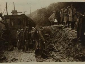 San Sebastián : evacuación de pasajeros de un tren