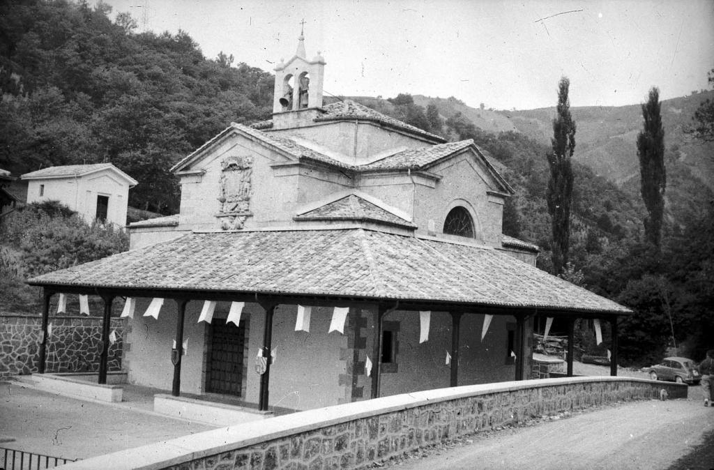 """Beasain. Ermita de S. Martin de Loinaz"""