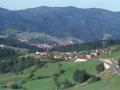 Vista del valle de Oñati desde Arantzazu : al fondo el centro urbano