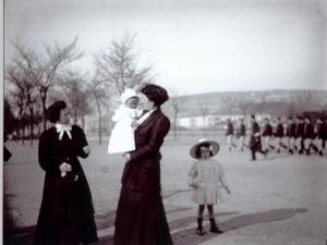 1913 Rez06