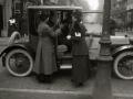 GRUPO DE MUJERES POSTULANTES POR LAS CALLES DE SAN SEBASTIAN. (Foto 5/20)