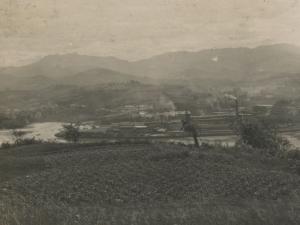 Lezo y Errenteria desde el monte Jaizkibel. Al fondo, Peñas de Aia
