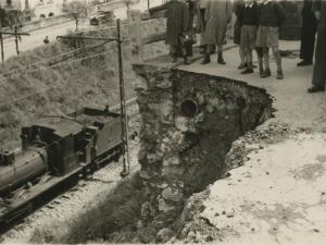 Detalle del desprendimiento de la carretera del Alto de Buenavista (antes avenida de Ignacio de Casares)