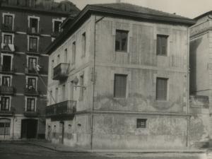Tenencia de alcaldía de Pasai Antxo realizada desde la plaza Biteri