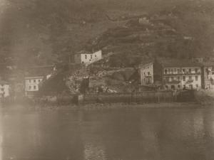 Casas y costa de Pasai Donibane